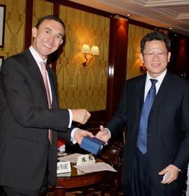 Olivier MARC accueille le Vice-Maire de Shenzhen à Paris