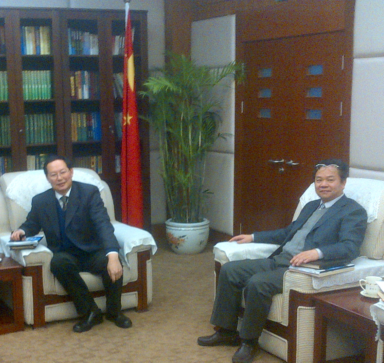 Olivier MARC meets with China's Chief Veterinary